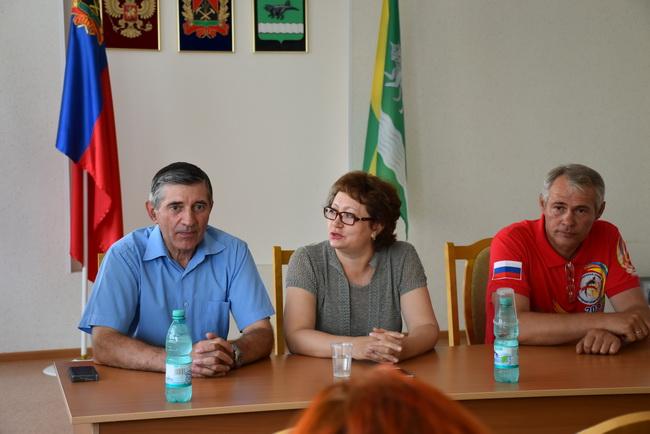 Татьяна Алексеева: вопросы избирателей являются ориентирами для совместной работы со всеми ветвями власти